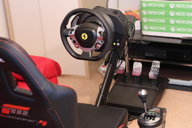 recenze volantu thrustmaster tx ferrari 458 na xbox one. Black Bedroom Furniture Sets. Home Design Ideas